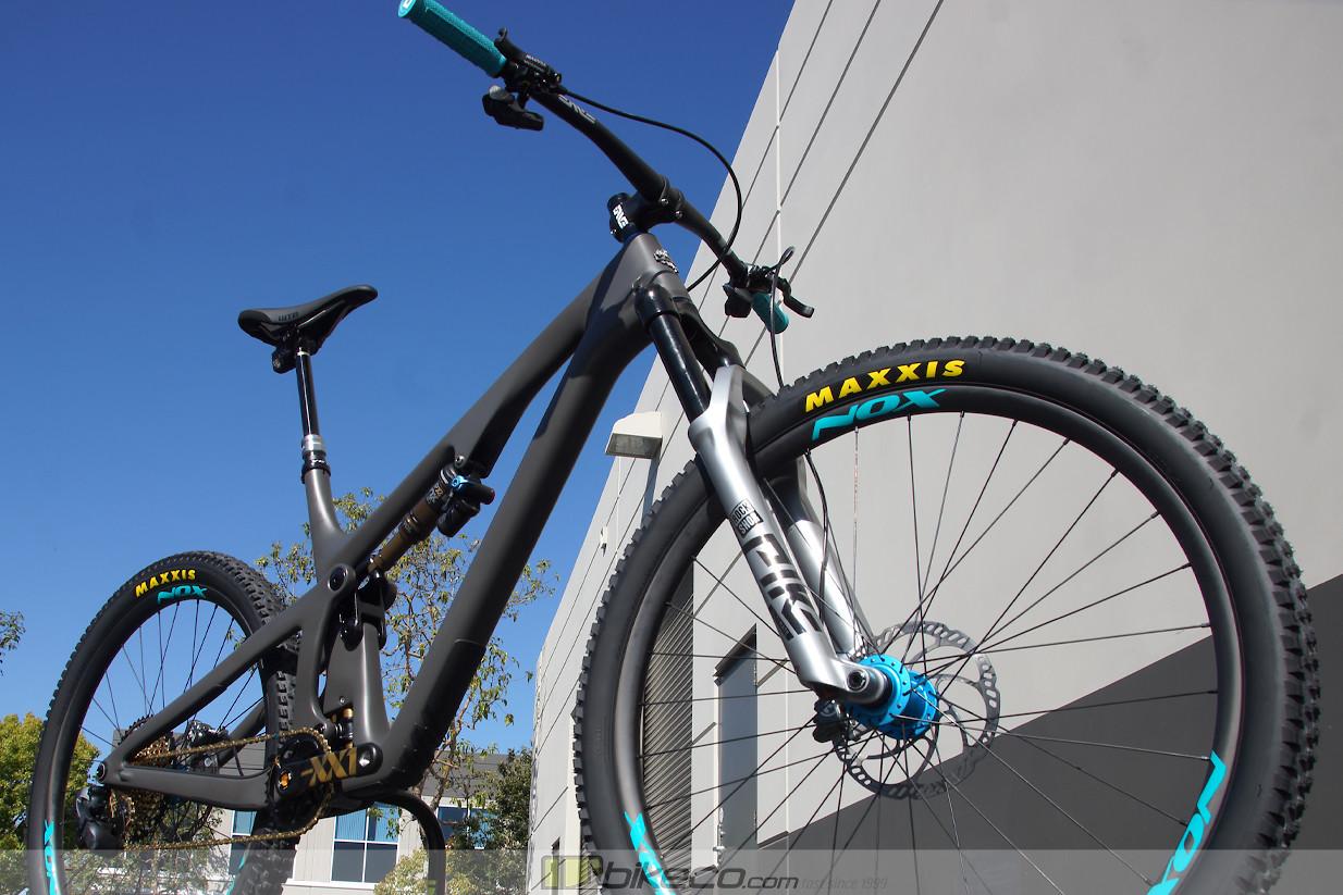 Custom Yeti SB130 build by BikeCo.com
