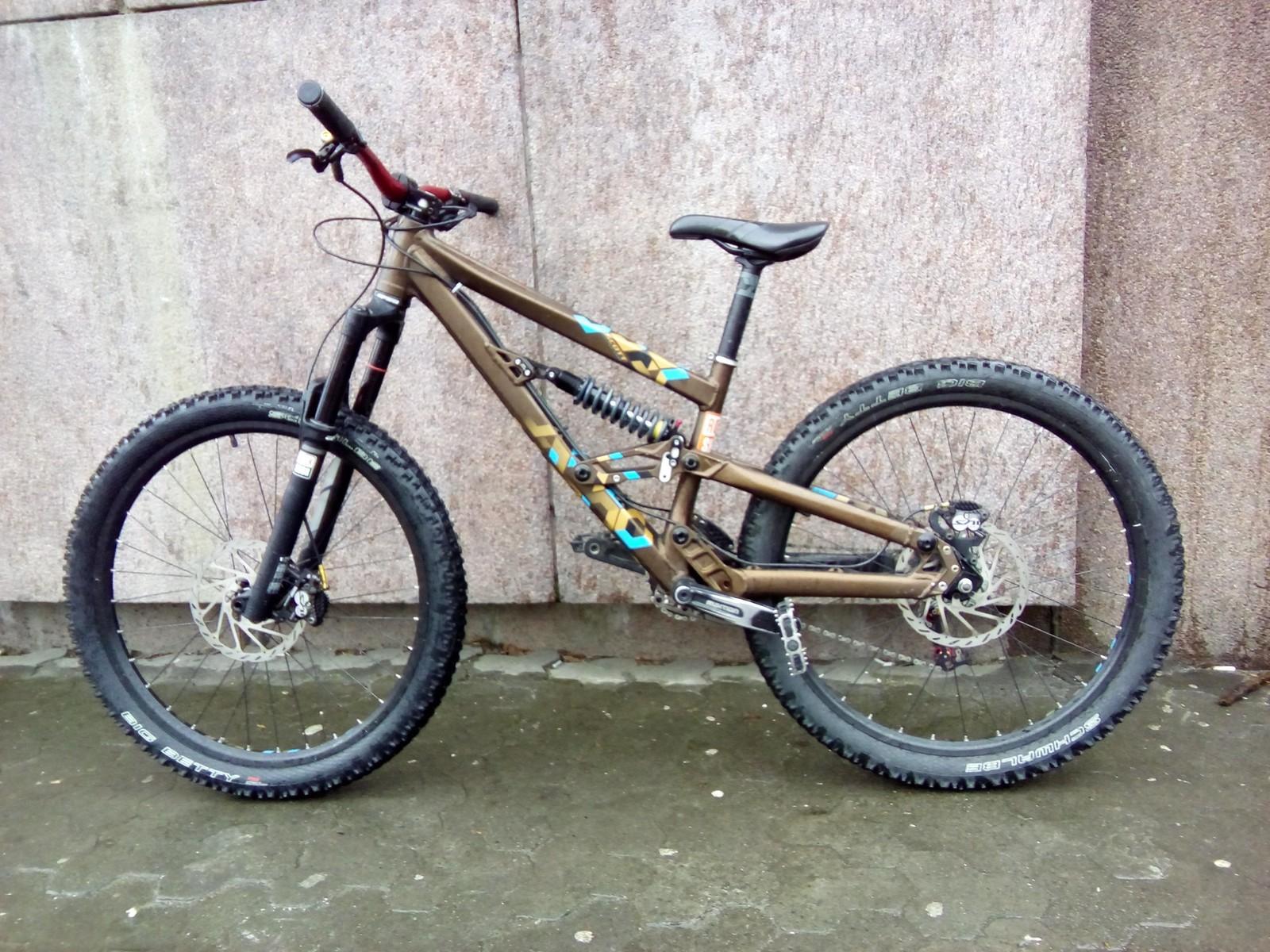 scott voltage fr 30 drake tg 39 s bike check vital mtb. Black Bedroom Furniture Sets. Home Design Ideas