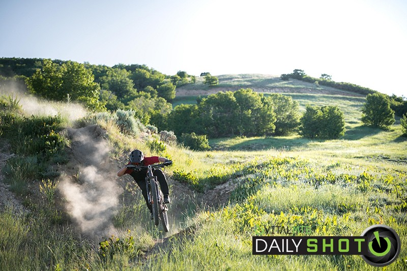 chased by dust - Hollywood Gainey - Mountain Biking Pictures - Vital MTB