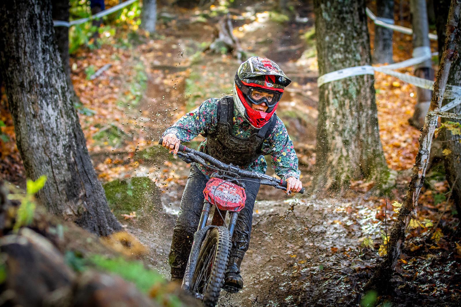 Rachel Pageau - JackRice - Mountain Biking Pictures - Vital MTB