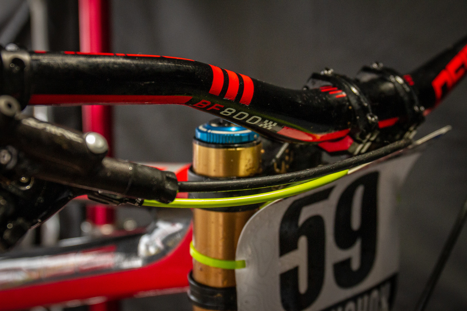 Isaac Allaire's Deity Cockpit - PIT BITS - 2019 Windrock Tennessee National Pro GRT  - Mountain Biking Pictures - Vital MTB