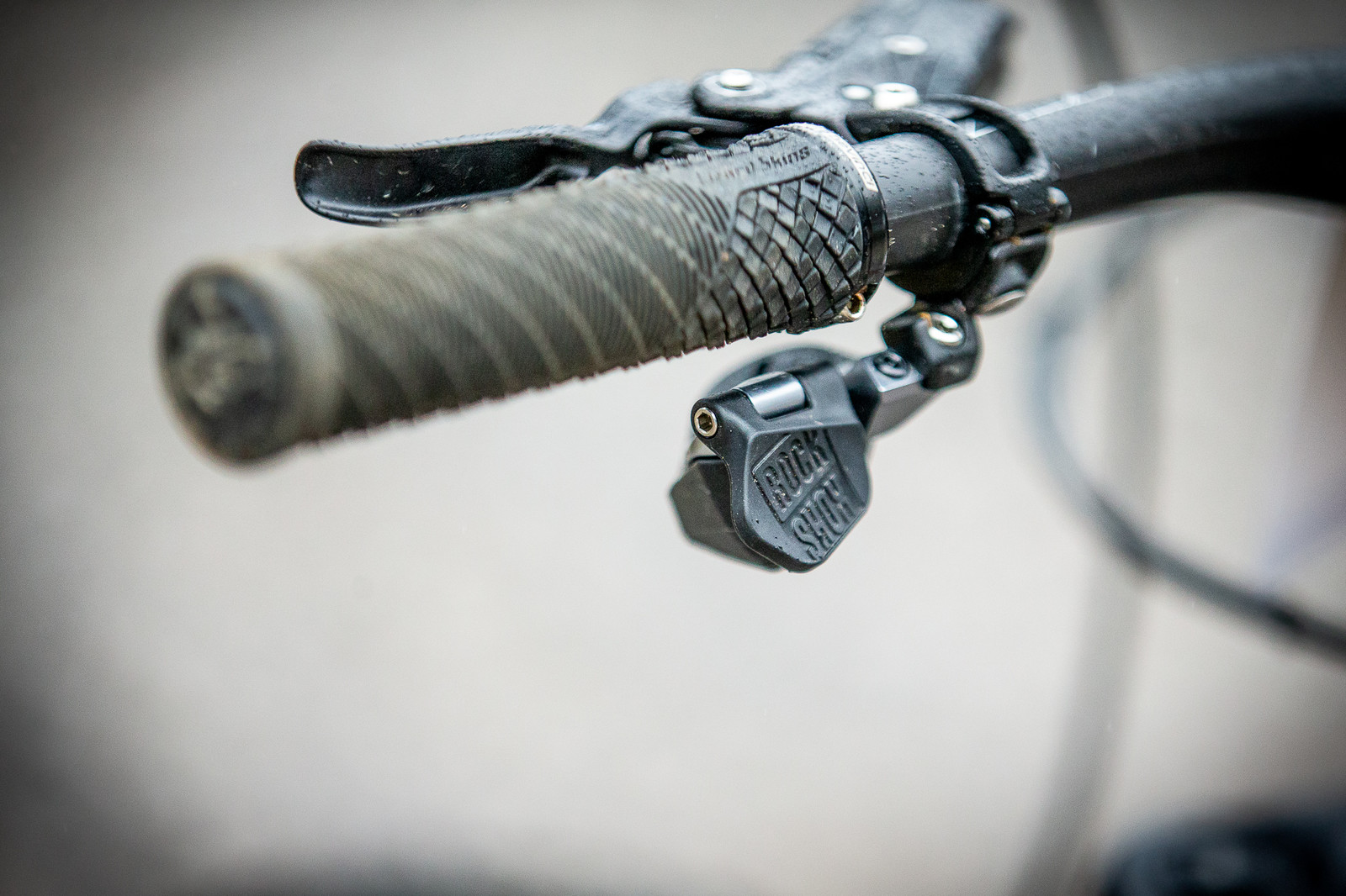 Damien Oton's Reverb AXS Remote - PIT BITS - 2019 Windrock Tennessee National Pro GRT  - Mountain Biking Pictures - Vital MTB