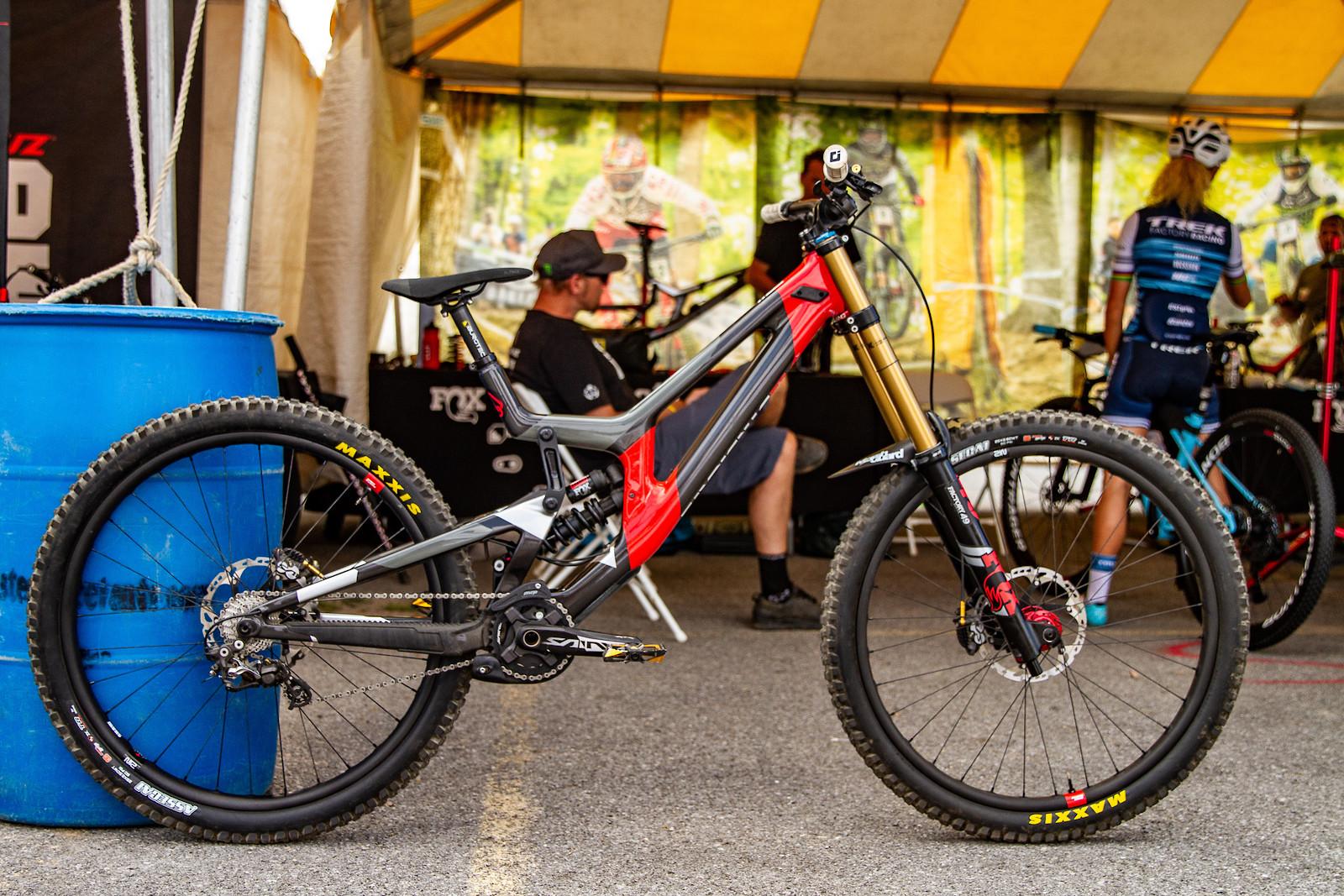 Luca Shaw's Santa Cruz V10 CC. - JackRice - Mountain Biking Pictures - Vital MTB