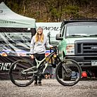 Now on Commencal USA, Frida Ronning!