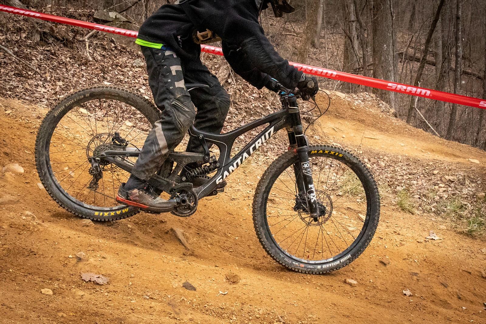 Santa Cruz V10 - JackRice - Mountain Biking Pictures - Vital MTB