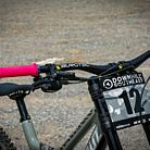 Poppin' pink grips