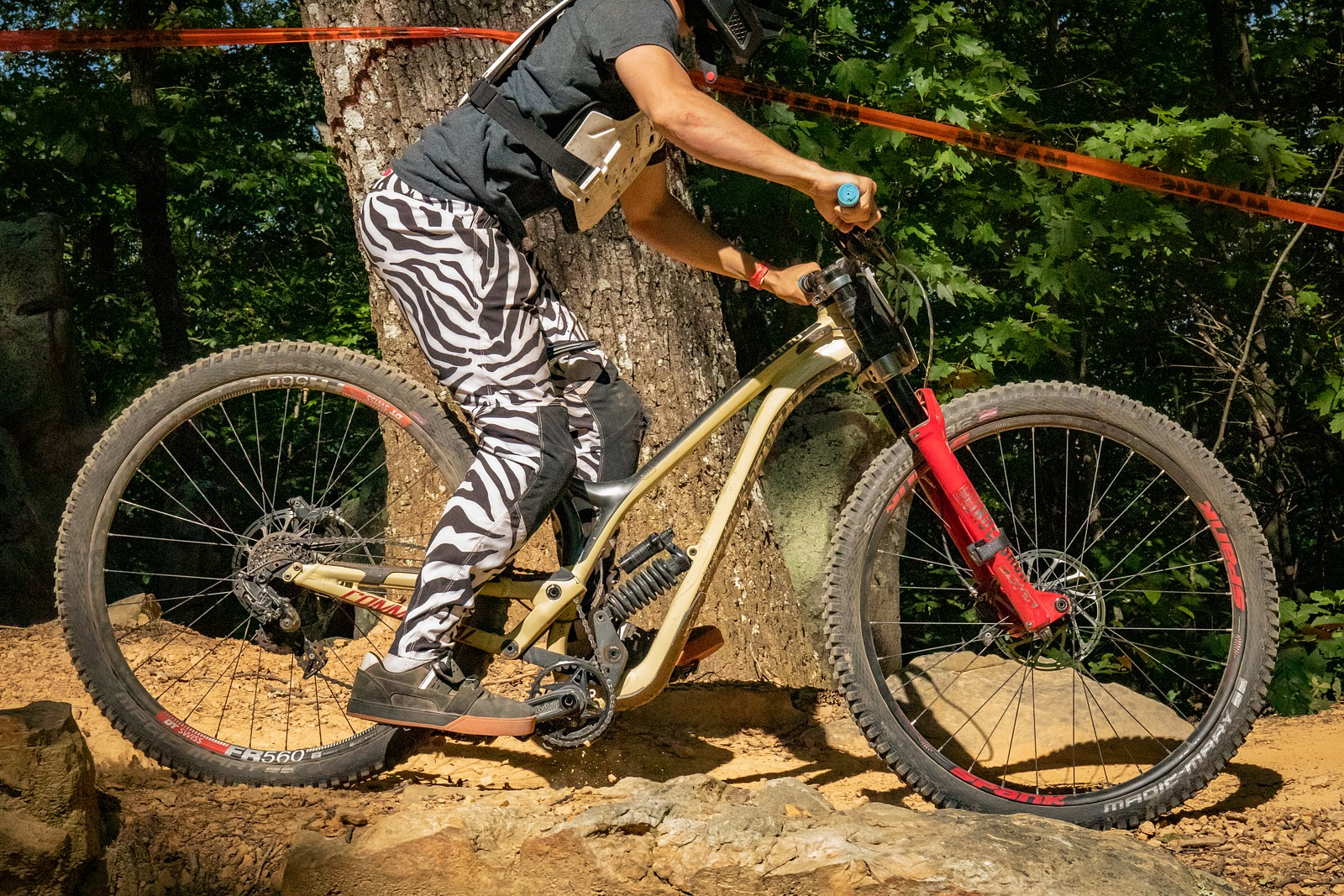 G-OUT PROJECT - DHSE #2 - Commencal  - JackRice - Mountain Biking Pictures - Vital MTB