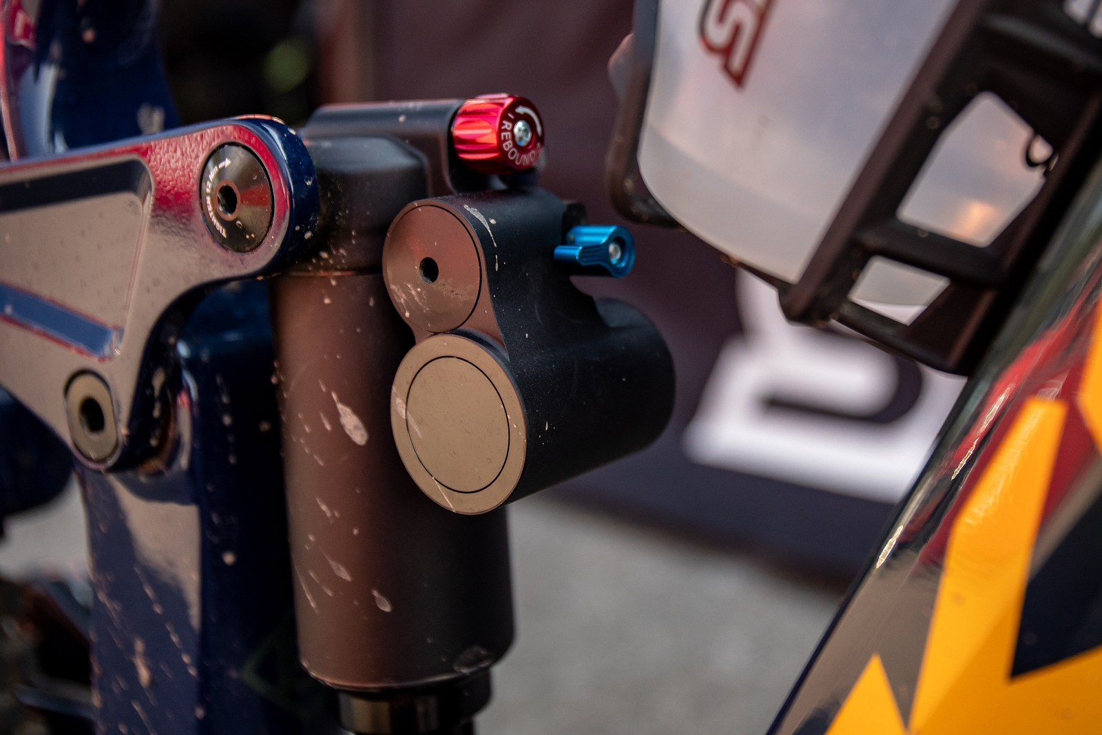 NEW SR Suntour air shock - JackRice - Mountain Biking Pictures - Vital MTB