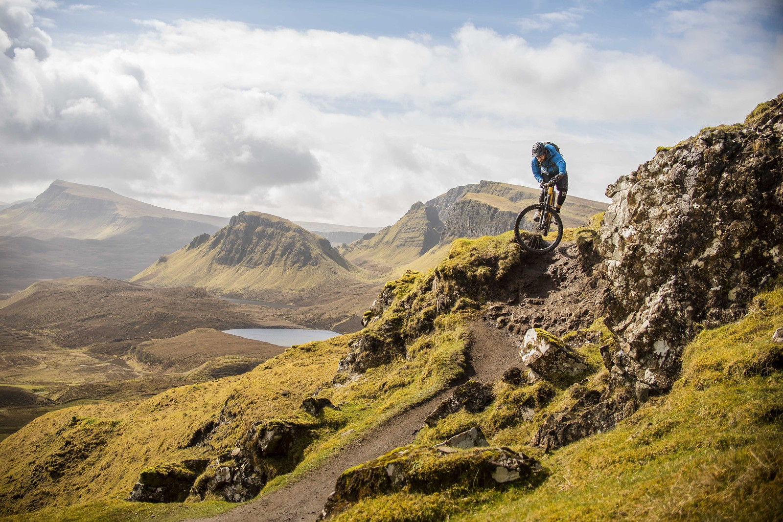Finding flow in the Quiraing  - matttomlinsonphoto - Mountain Biking Pictures - Vital MTB