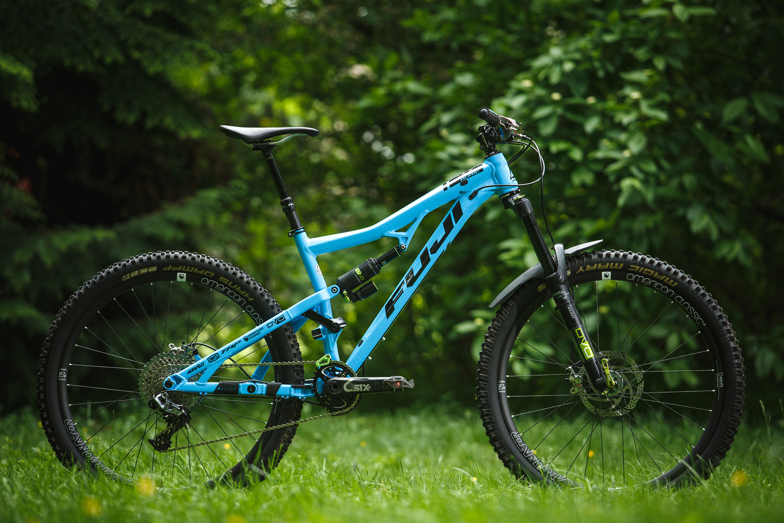 Fuji Auric 1.1 all kitted out with DVO, American Classic, Raceface, Fabric, TRP and One Up Components shiny bits