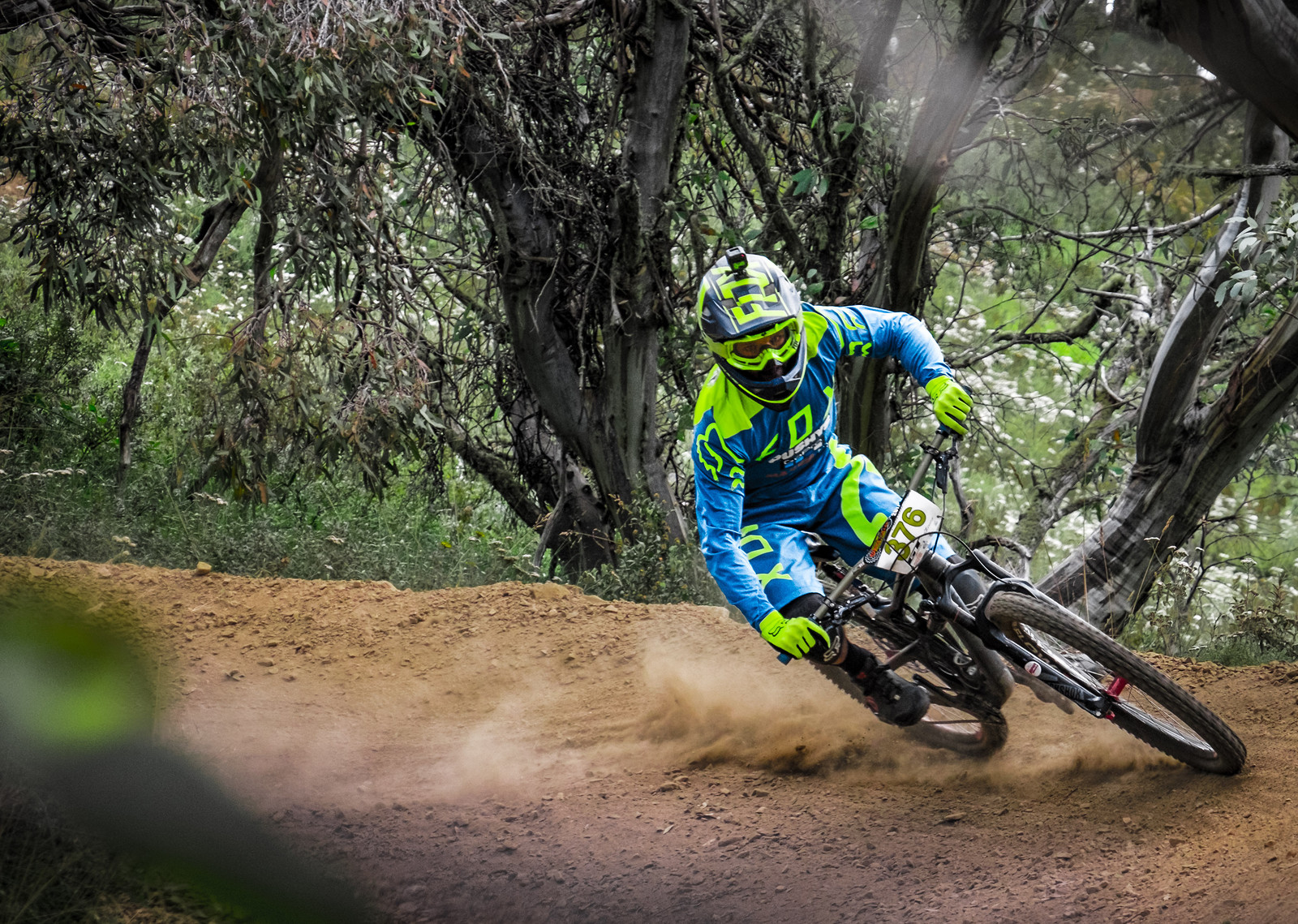 Searching for Traction - Howie286 - Mountain Biking Pictures - Vital MTB