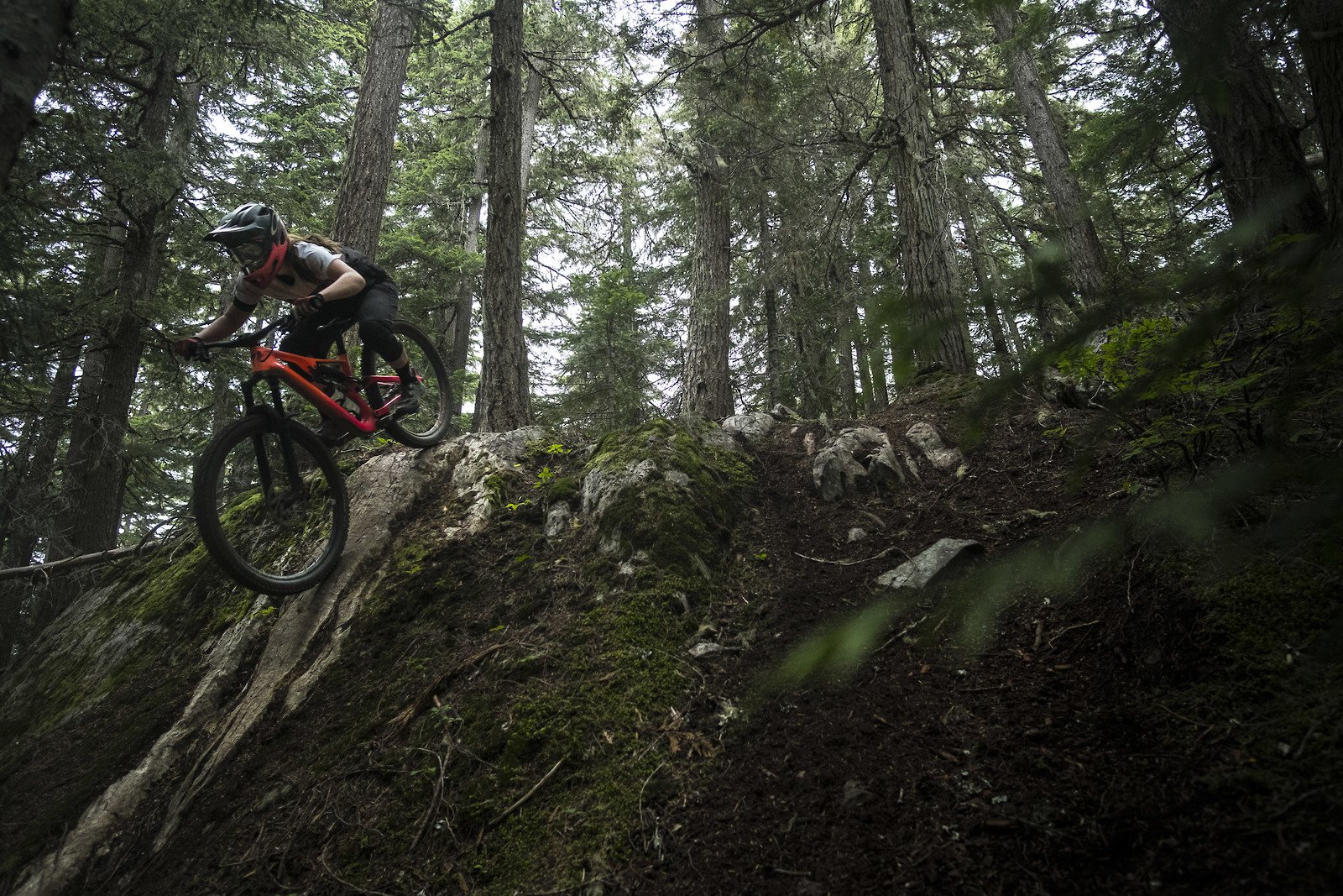 Lucy Mackie - Whistler  - Howie286 - Mountain Biking Pictures - Vital MTB