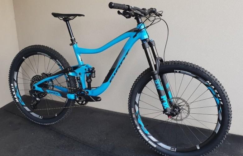 6d48bbff582 2018 Giant Trance 1 - Ddwag90's Bike Check - Vital MTB