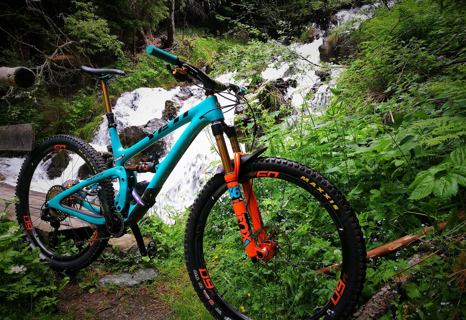 Custom SB5.5C made by Needful Bikes
