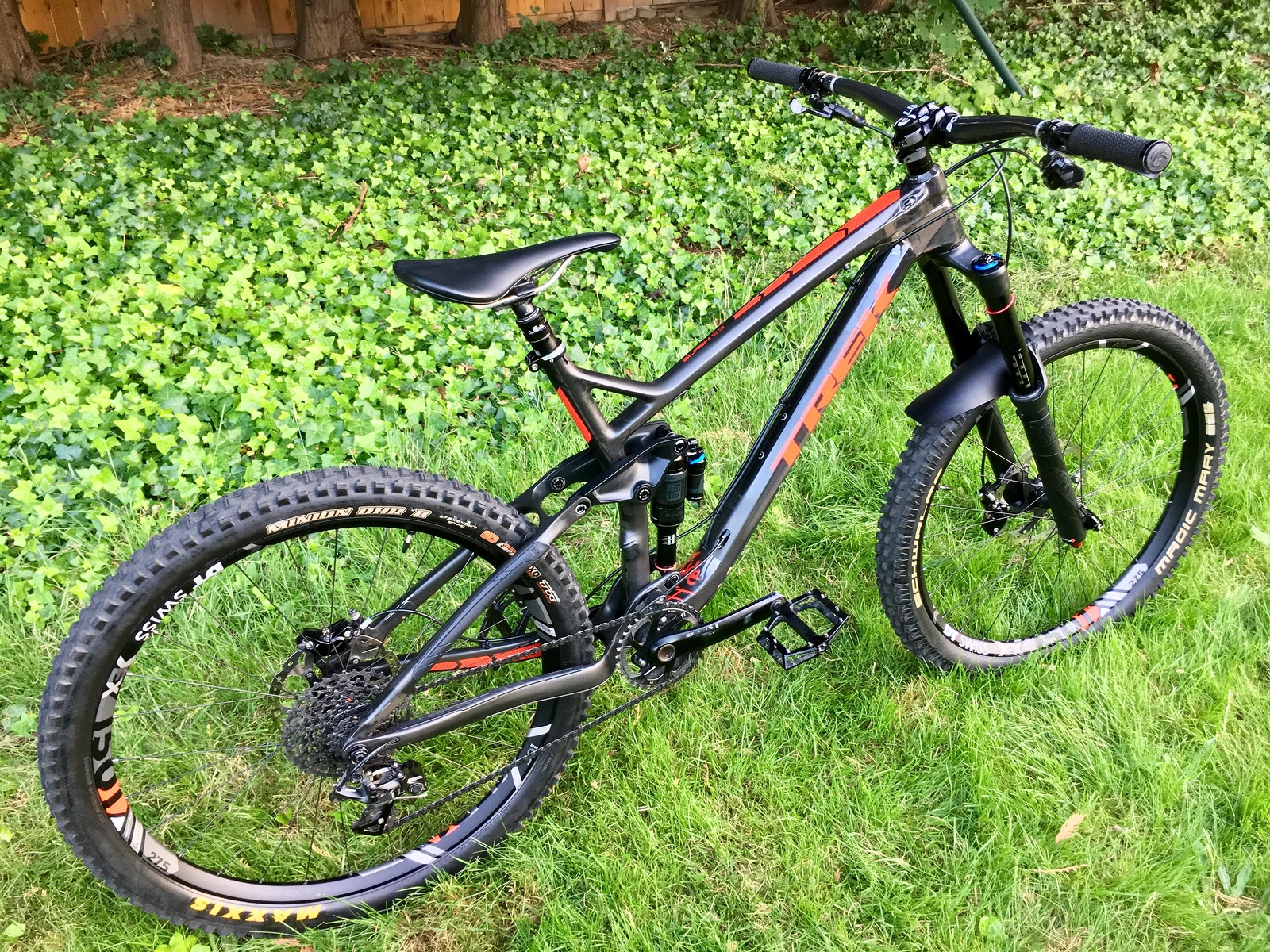 Trek Slash 9.9 180