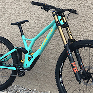 2020 Specialized Demo 29 Race