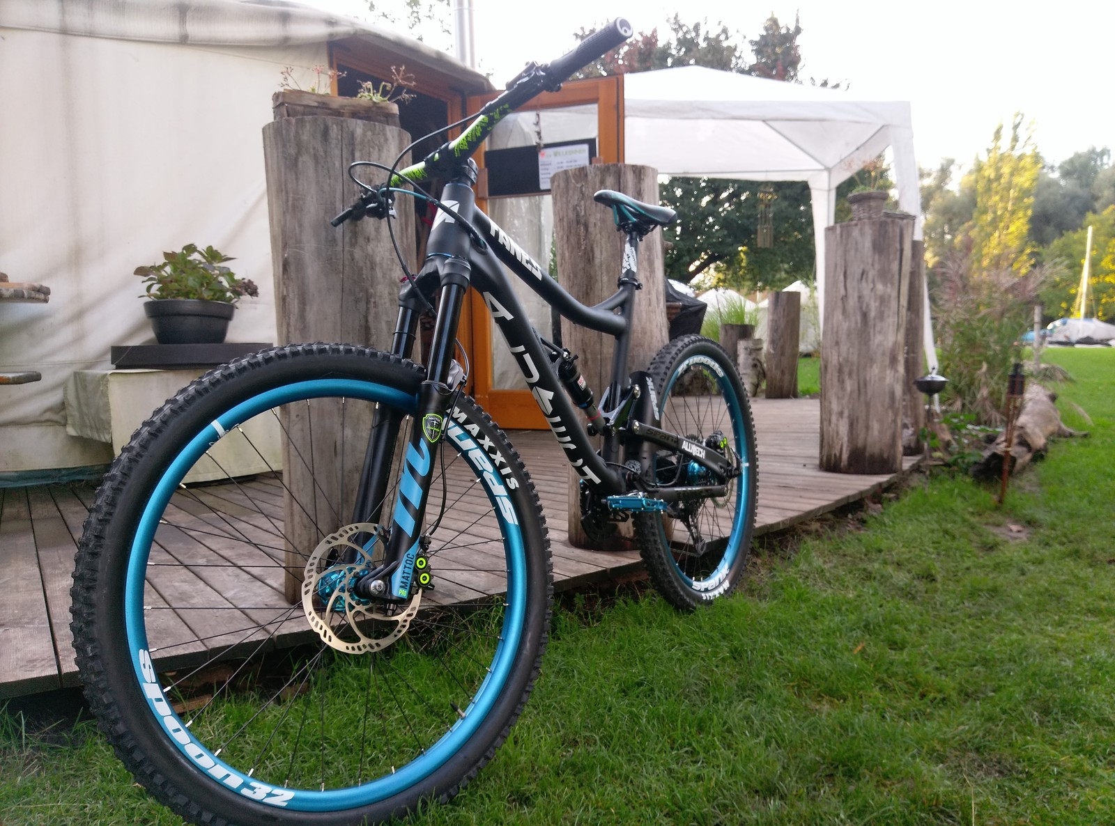 Alutech Fanes 4 Enduro Custom Bike