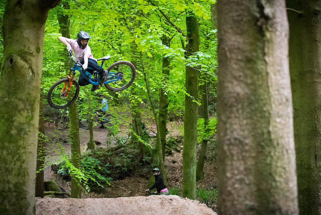 sideways at windhill - leo.sandler - Mountain Biking Pictures - Vital MTB