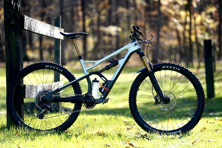 70b9967cd96 Related: Bike of the Day Cannondale FOX Maxxis Race Face SRAM Stan's