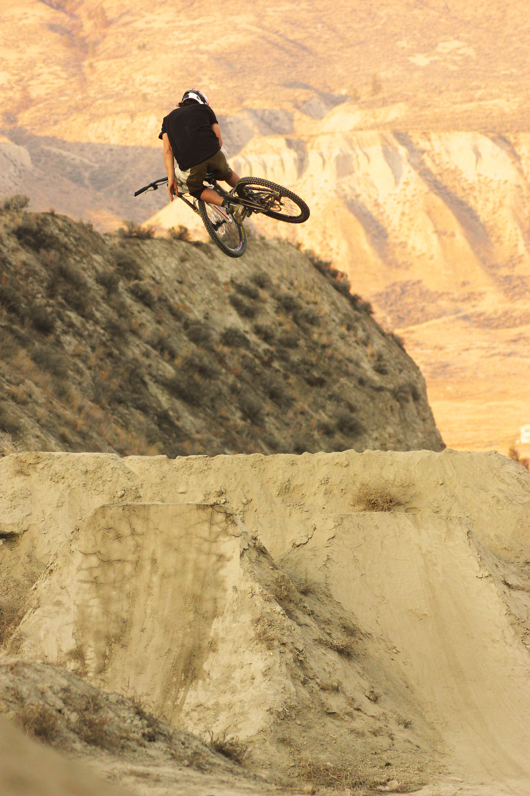 Mike Steeze - kmak - Mountain Biking Pictures - Vital MTB