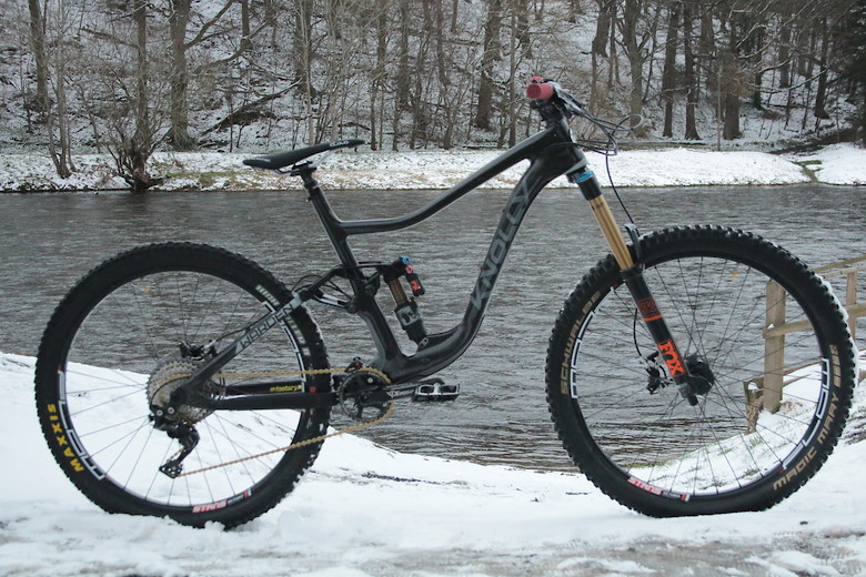 a4ec9c7b51ce Knolly Warden carbon - elliot.thombs s Bike Check - Vital MTB