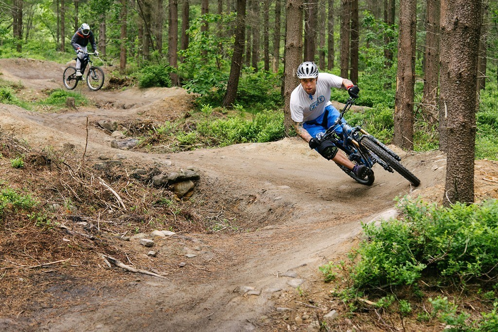 Wharncliffe berms - Piotr_Szwed Szwedowski - Mountain Biking Pictures - Vital MTB