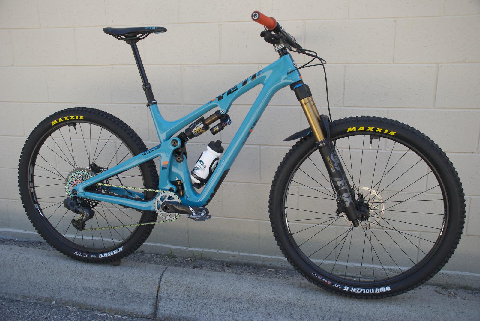 SB130 Lunch Ride  ZIPP / AXS / X2
