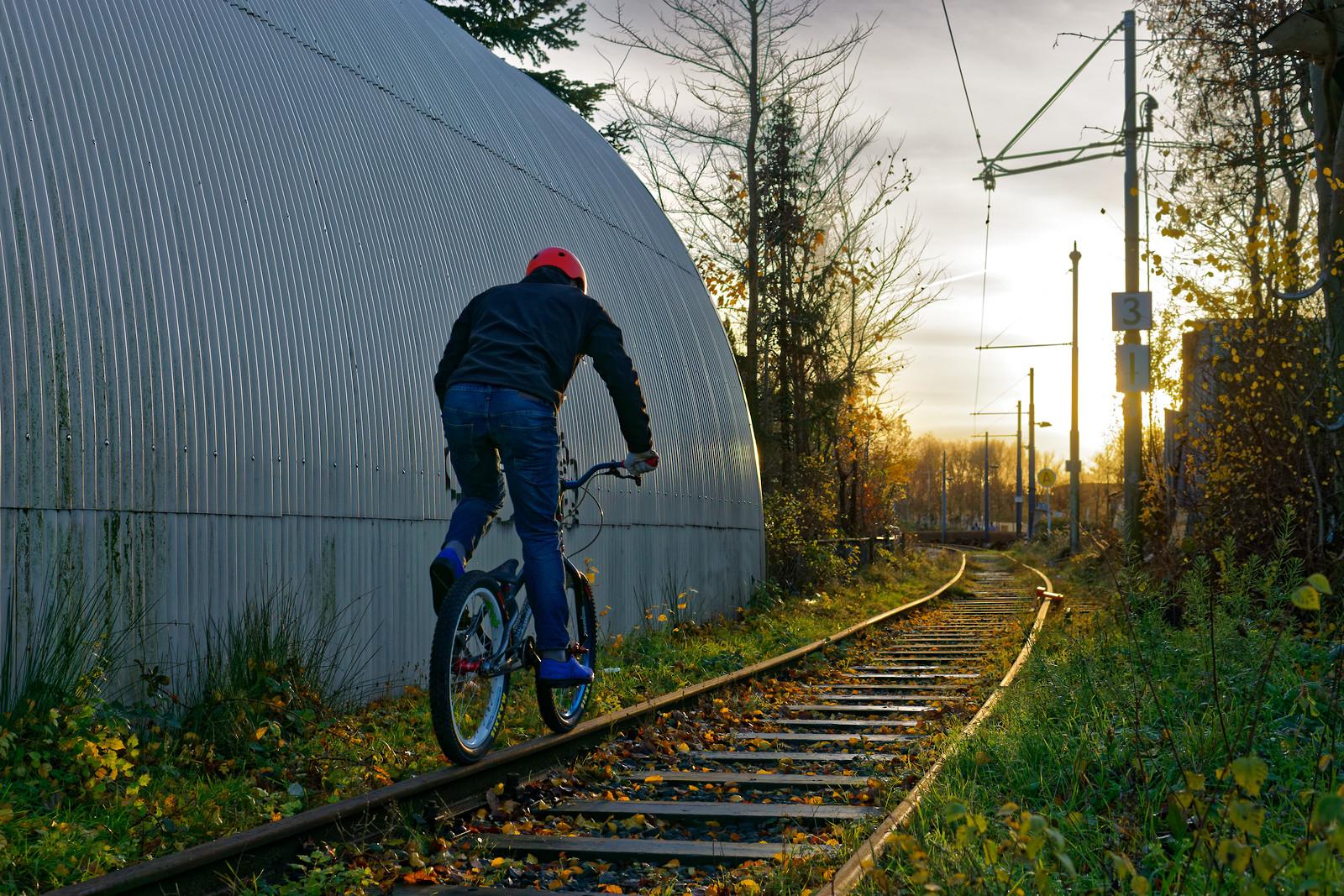 Train Tracks Amsterdam - Boozzz - Mountain Biking Pictures - Vital MTB