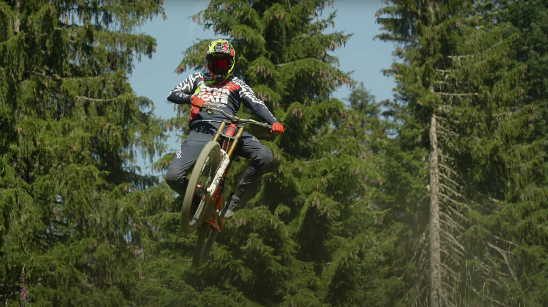 Crank it Up and Let it Rip! All Aboard the Santa Cruz Syndicate Pain Train!