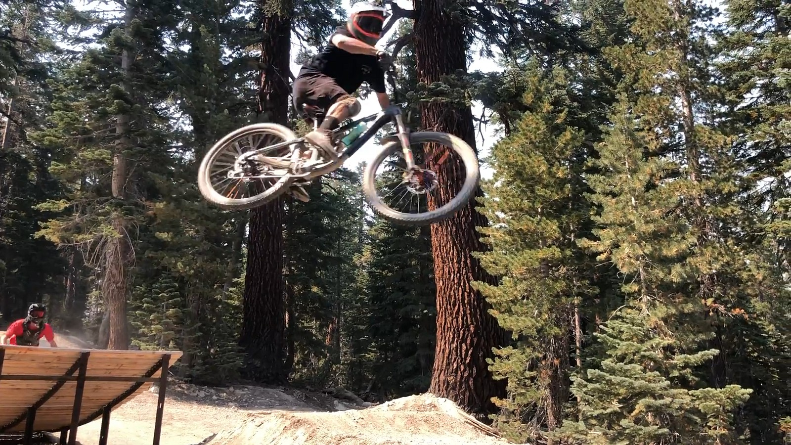 Mammo Twilight - switzb15 - Mountain Biking Pictures - Vital MTB