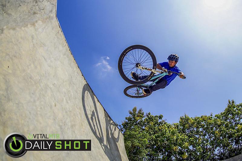 Table Top - RezaAkhmad - Mountain Biking Pictures - Vital MTB
