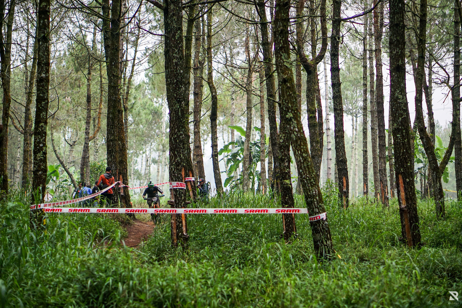 inside the raceline - RezaAkhmad - Mountain Biking Pictures - Vital MTB