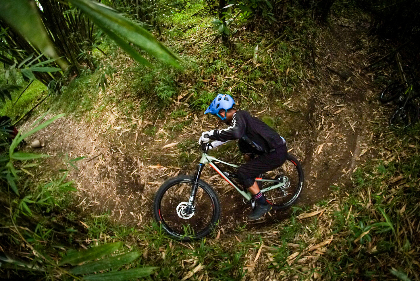 How low can you go?  - RezaAkhmad - Mountain Biking Pictures - Vital MTB