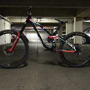 NS Bikes Fuzz mullet DH bike