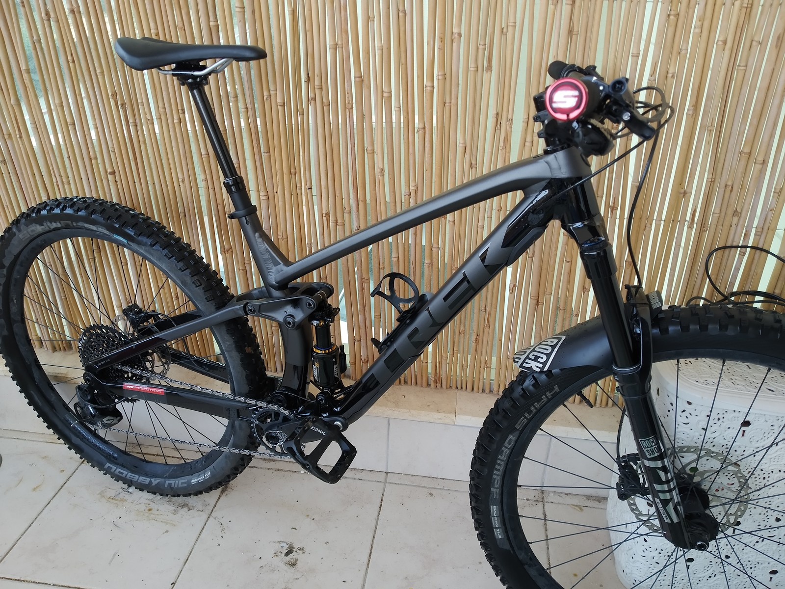 Custom Trek fuel ex 8 2020 suspension
