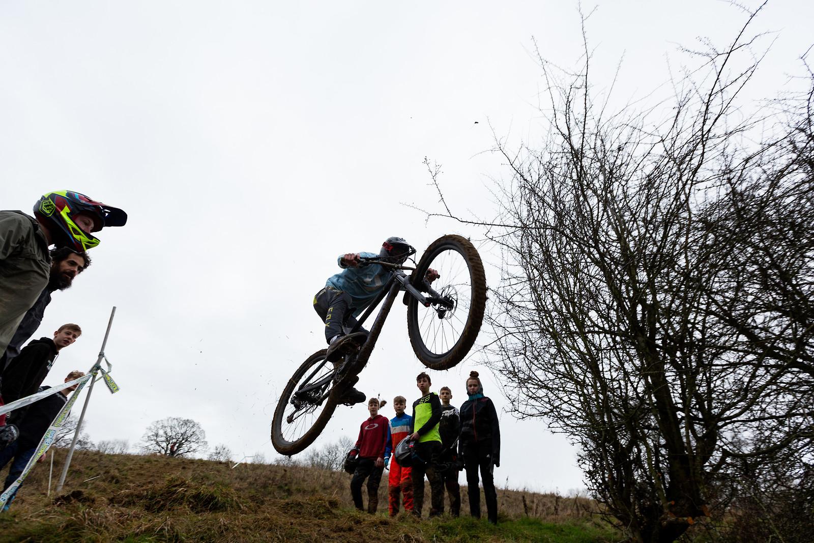 Long Jump Challenge - Dadcamtv - Mountain Biking Pictures - Vital MTB