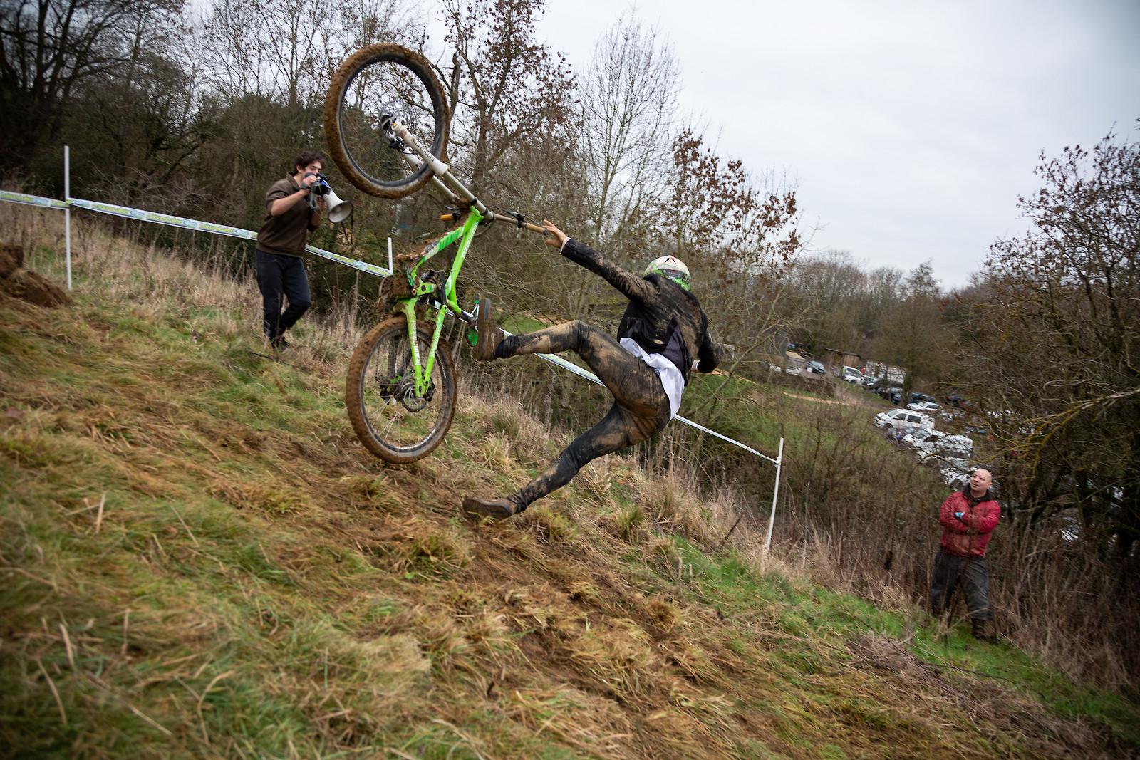 Best Trick Challenge - Dadcamtv - Mountain Biking Pictures - Vital MTB