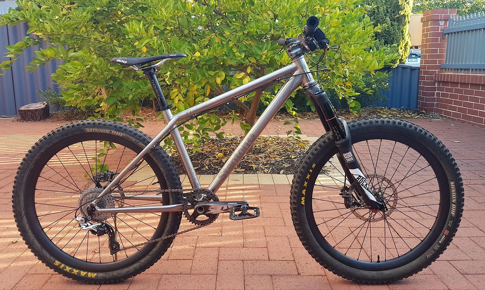 Sub 26 lb Titanium Stanton Slackline << - Kurt\'s Bike Check - Vital MTB