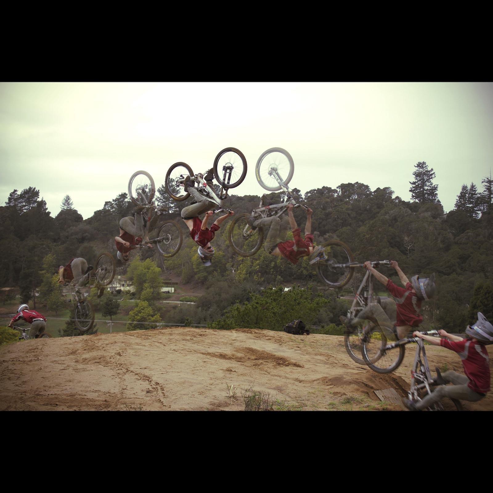 Flip Sequence - Simon_Silver - Mountain Biking Pictures - Vital MTB