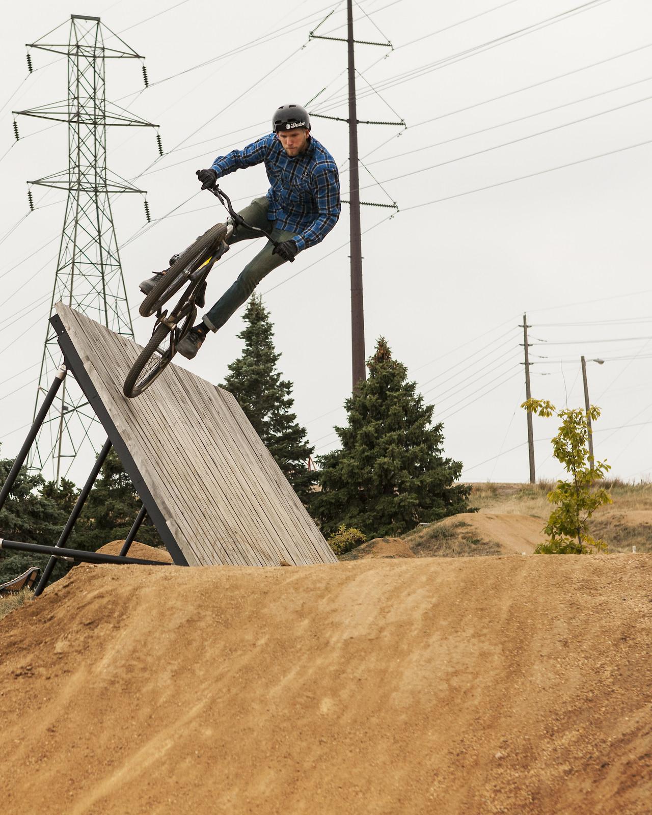 Wall Ride  - ur_pal_al - Mountain Biking Pictures - Vital MTB