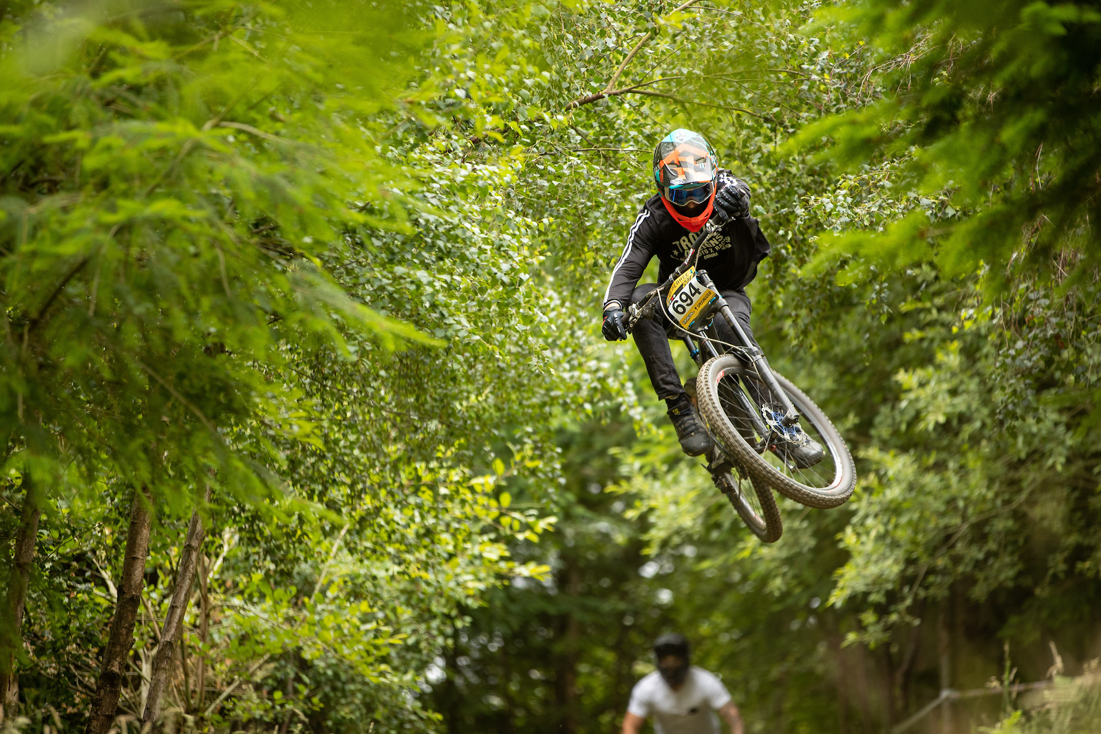 Trying to smoke Kyle so he didn't pinch my lines in practice  - martin dunn - Mountain Biking Pictures - Vital MTB