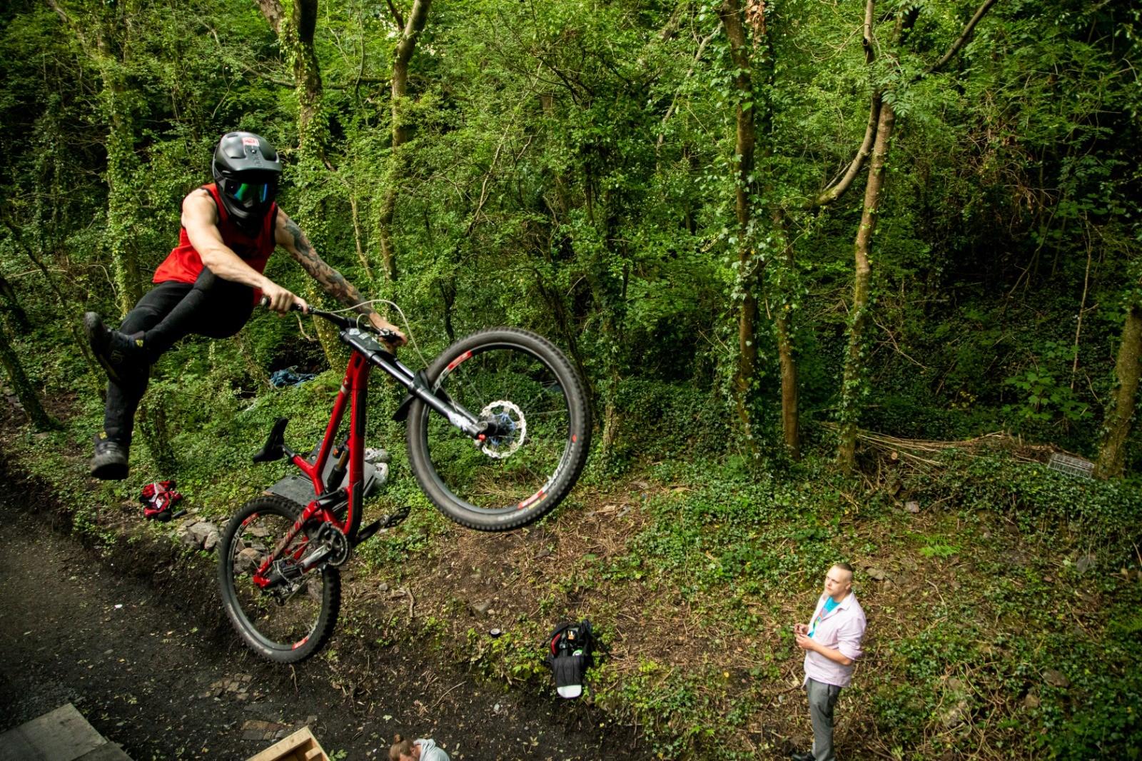C9DE38F3-52E3-442E-B272-8384A109D5C1 - martin dunn - Mountain Biking Pictures - Vital MTB