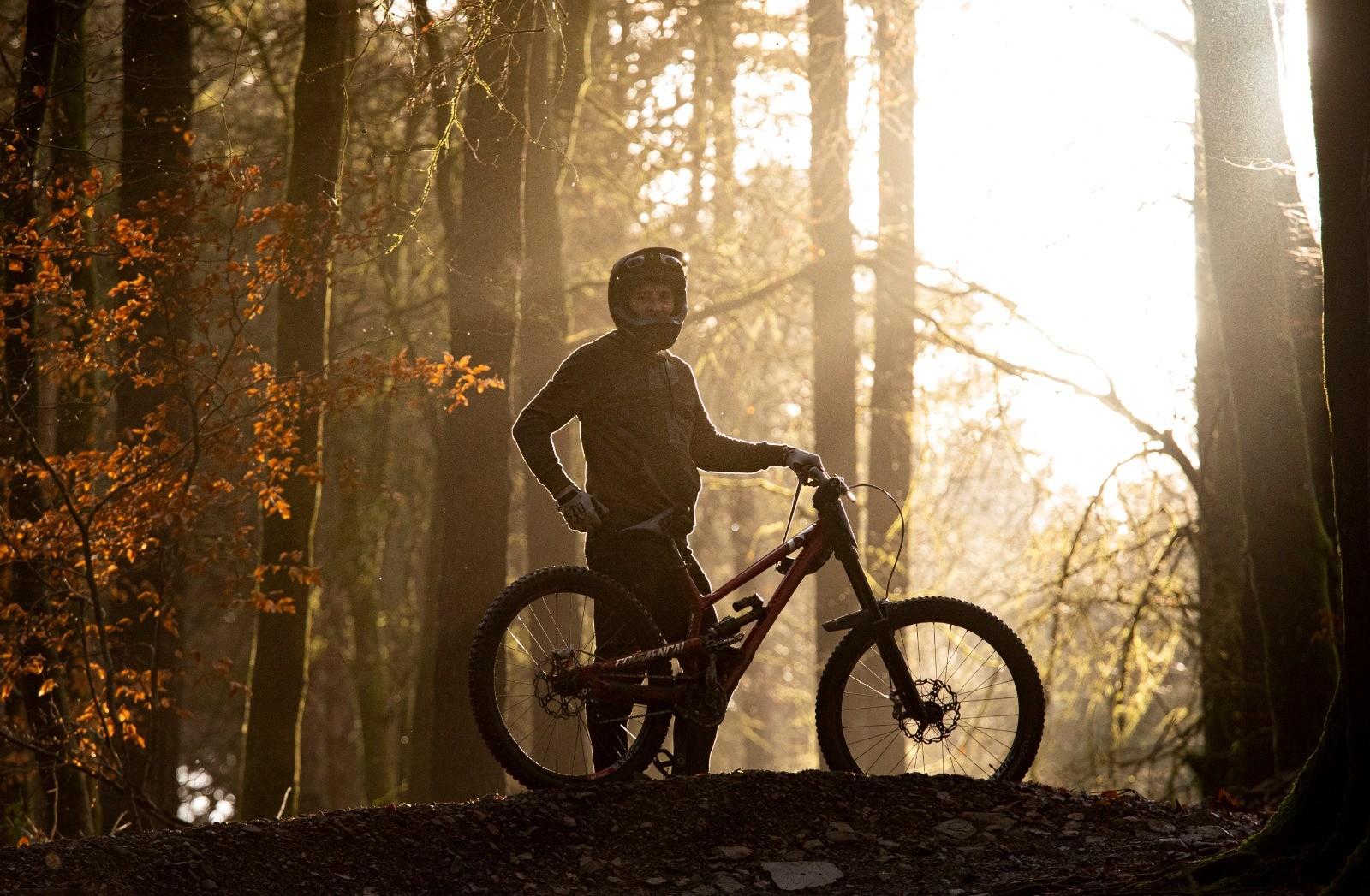 BAE0BD03-A8A3-49A1-9878-BCF01E408726 - martin dunn - Mountain Biking Pictures - Vital MTB