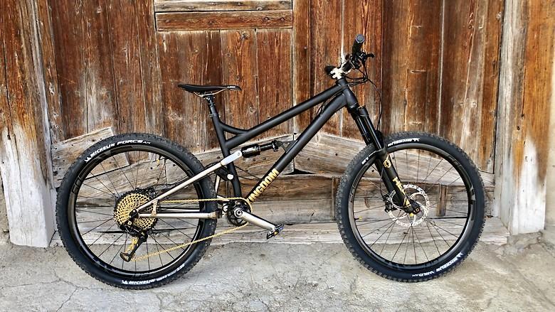 Titanium Kingdom Bike HEX LS
