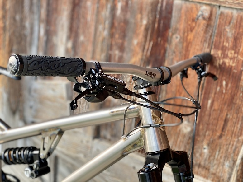 Kingdom Bike XFS Lite 2020