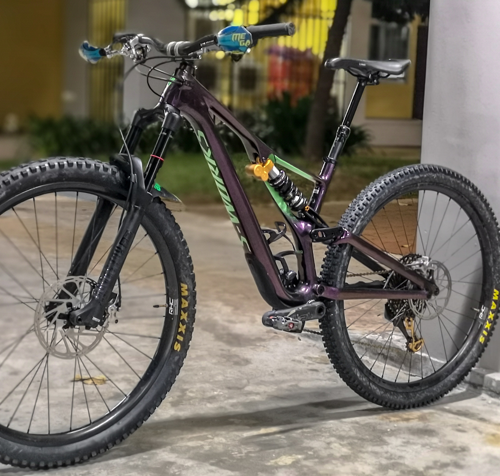 71a3736269f Related: Bike of the Day FOX Maxxis Race Face RockShox Specialized SRAM TRP  We Are One Composites