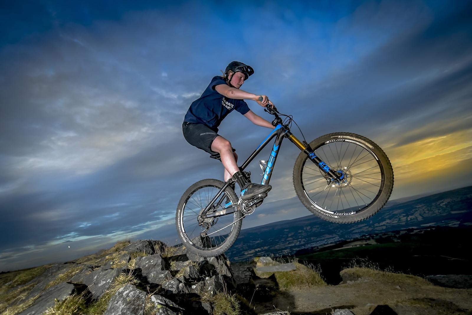ROB2181 - robbarkerimages2017 - Mountain Biking Pictures - Vital MTB