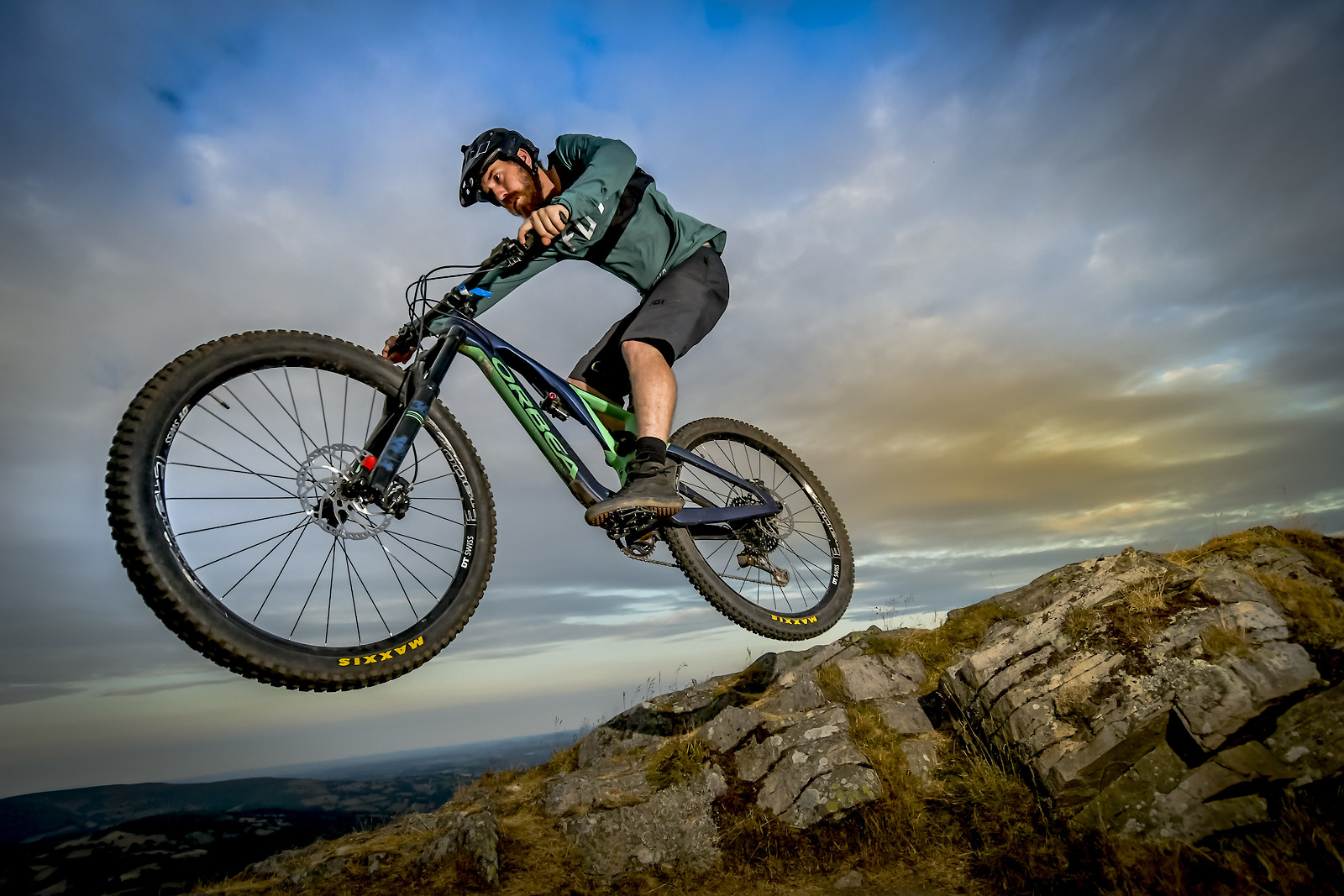 ROB2198 - robbarkerimages2017 - Mountain Biking Pictures - Vital MTB
