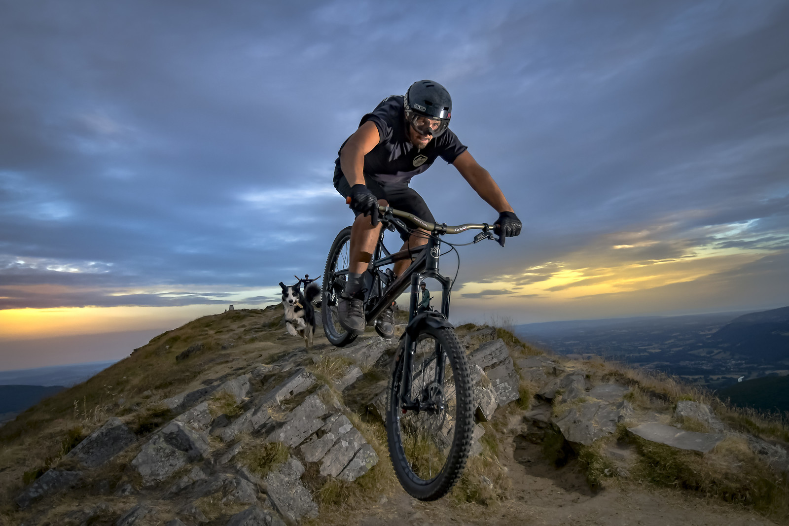 ROB2203 - robbarkerimages2017 - Mountain Biking Pictures - Vital MTB