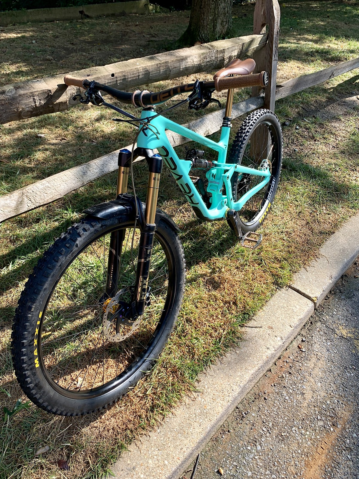 C25056D2-6340-4590-BD0E-77DA0943D2E3 - SbMtb - Mountain Biking Pictures - Vital MTB